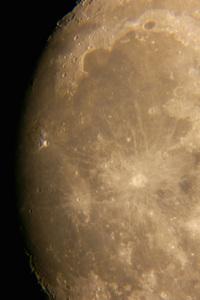 moon-0817-1